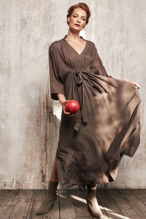 Платье «Туника струящаяся с кулисой»