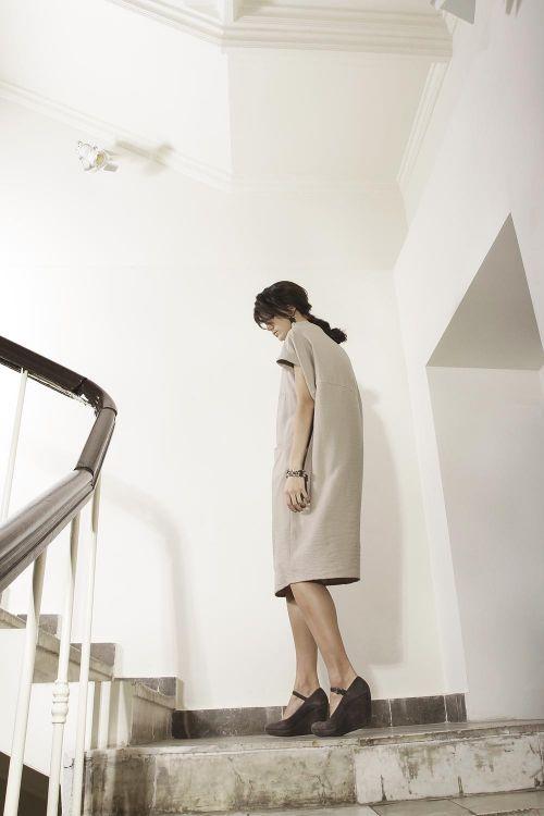 Платье кимоно-футляр из вискозной ткани