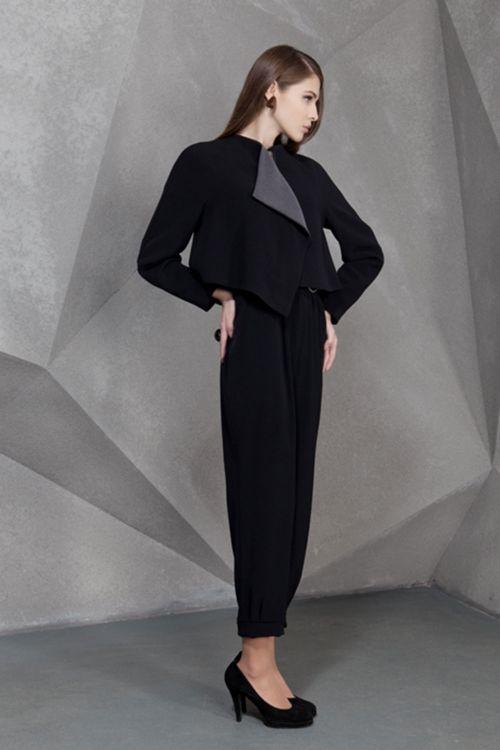 Пальто Трапеция с контрастной отделкой на подкладке, с застежкой