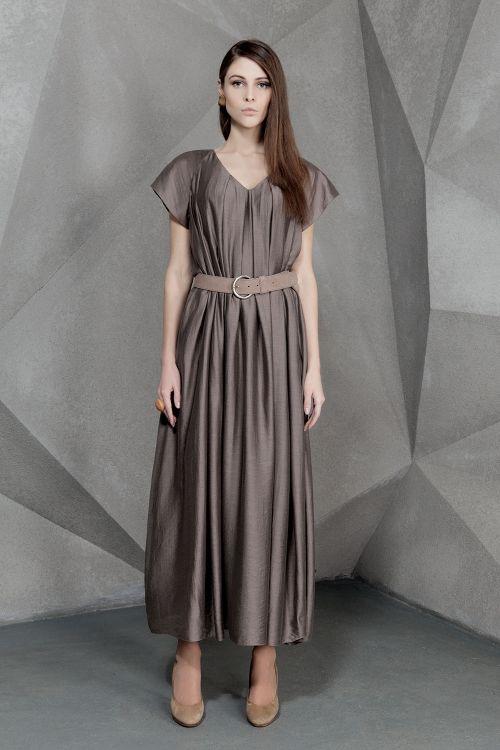Платье длинное Трапеция со складками