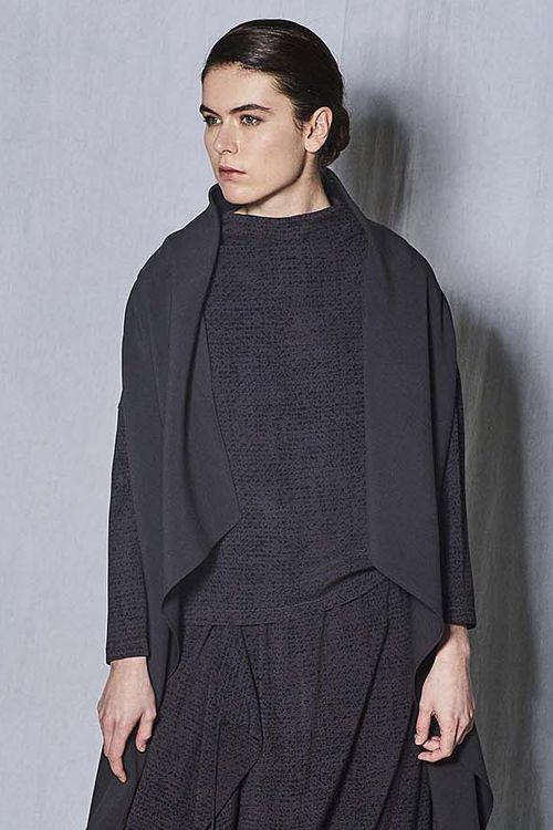 Блуза с высоким горлом Крапинка