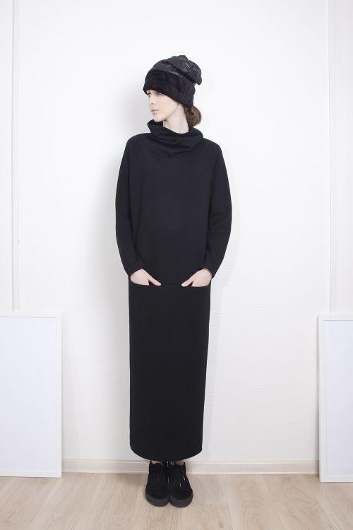 Платье Хомут-джерси стеганое длинное
