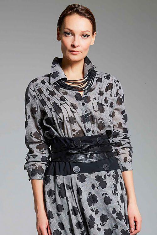 Блуза Силуэты цветов