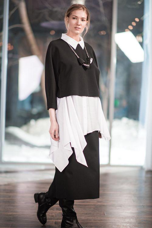 Блуза Трапеция-углы с воротником, без рукавов
