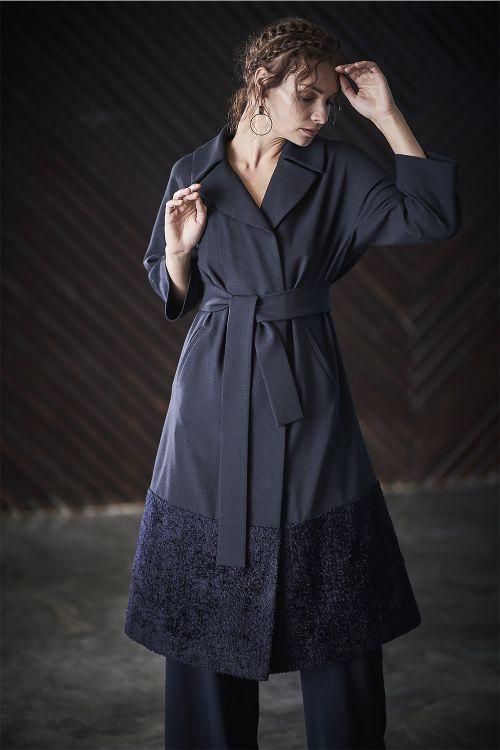 Платье - пальто с меховой отделкой, с поясом