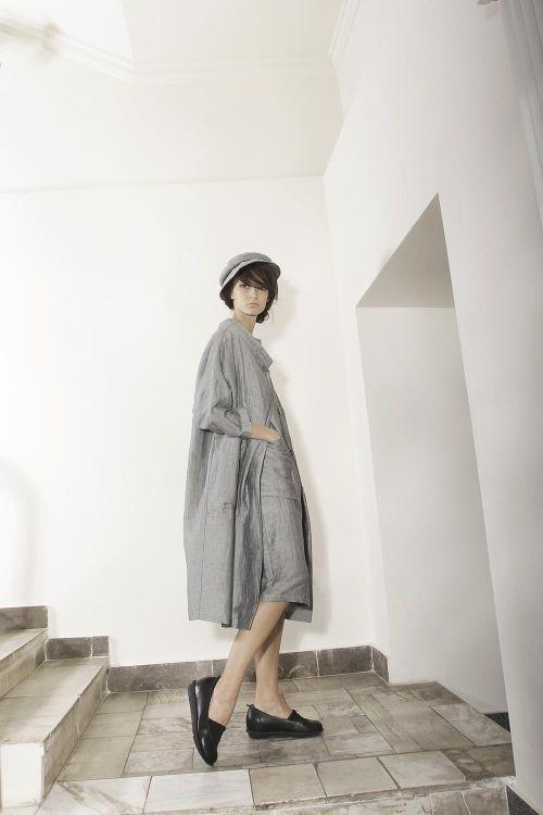 Летнее пальто из двухслойной жатой ткани