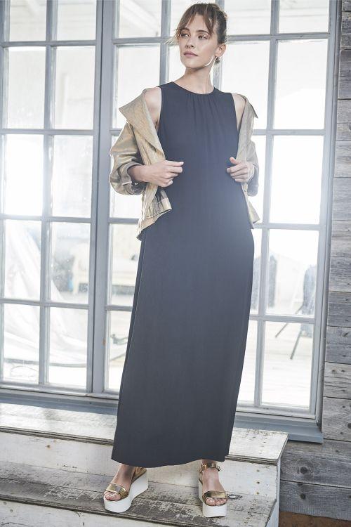 Платье длинное, гофре черное