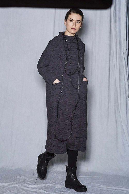 Платье кимоно футляр с рукавами Крапинка