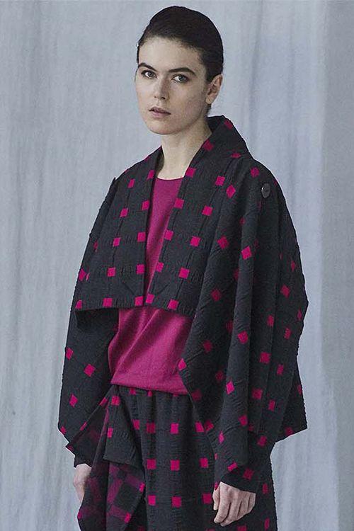 Блуза Минимализм с рукавом