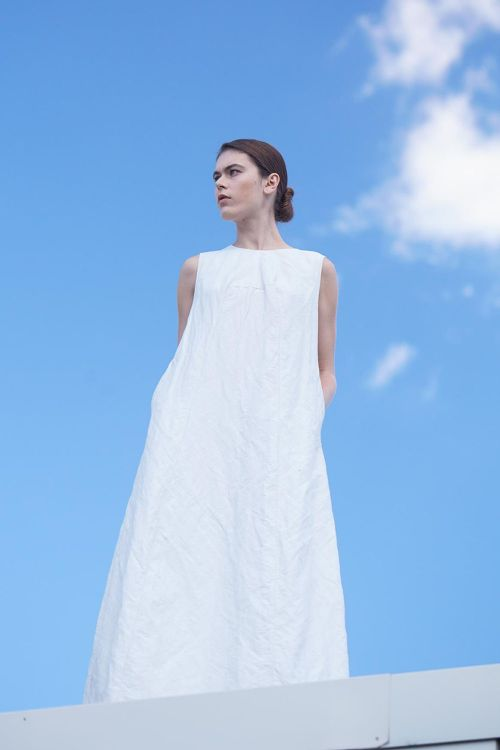 Платье без рукавов ПУРИЗМ жатка