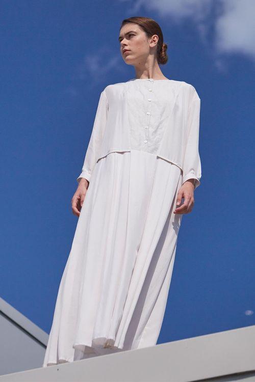 Платье СО СКЛАДКАМИ на пуговицах шёлк