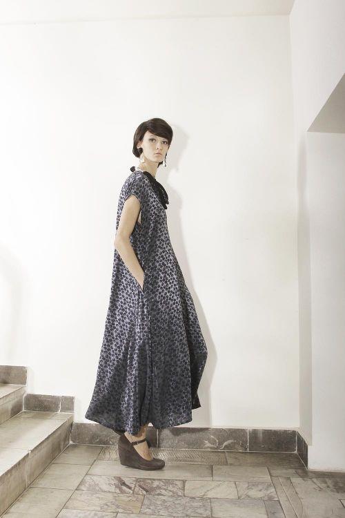 Платье-клеш из вискозной ткани