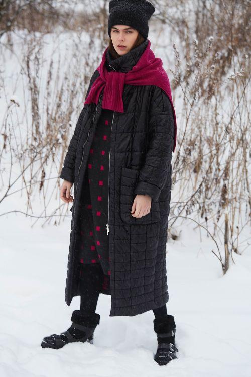 Пальто стёганое, длинное, с воротником - стойкой