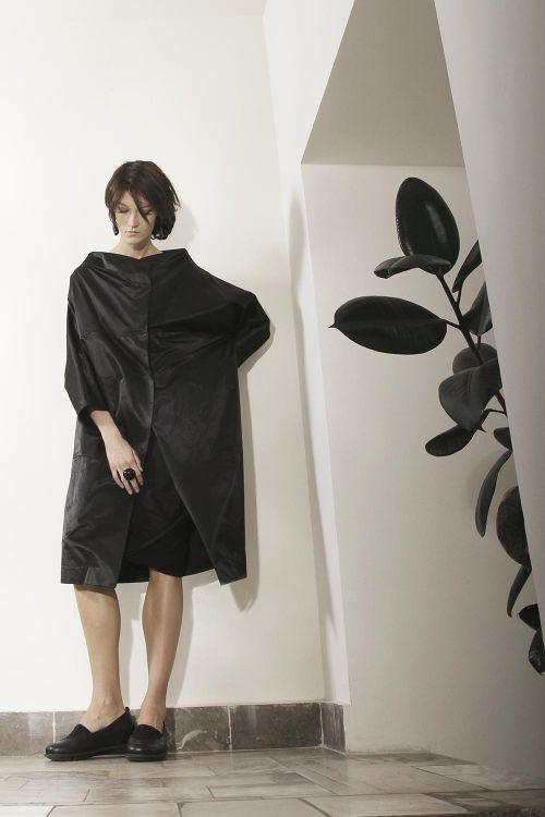 Пальто Кимоно-футляр из хлопковой атласной ткани