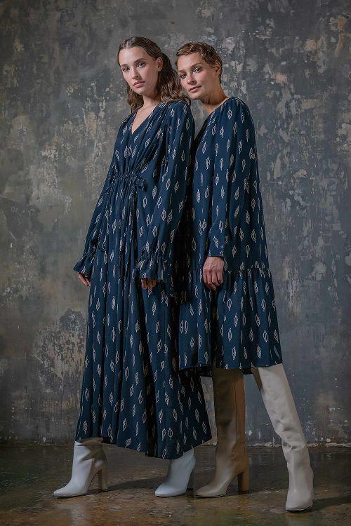 Платье длинное со сборкой, Листья