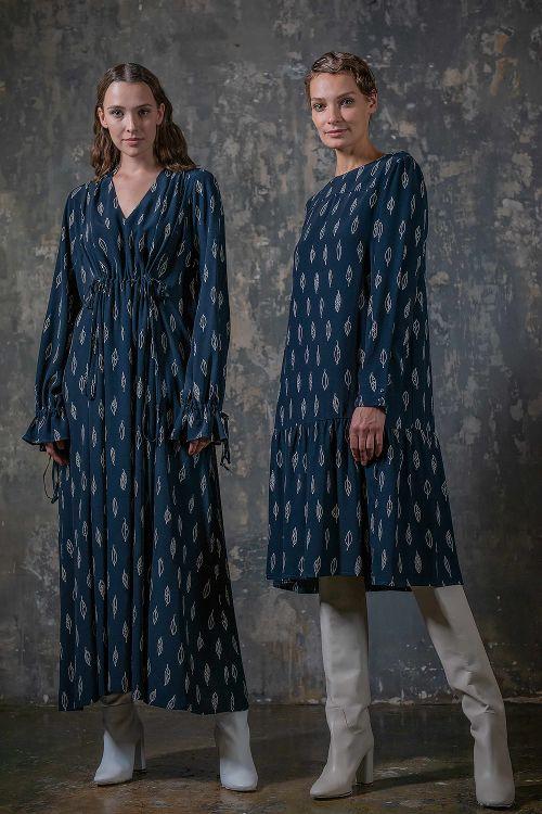Платье среднее с оборкой, Листья