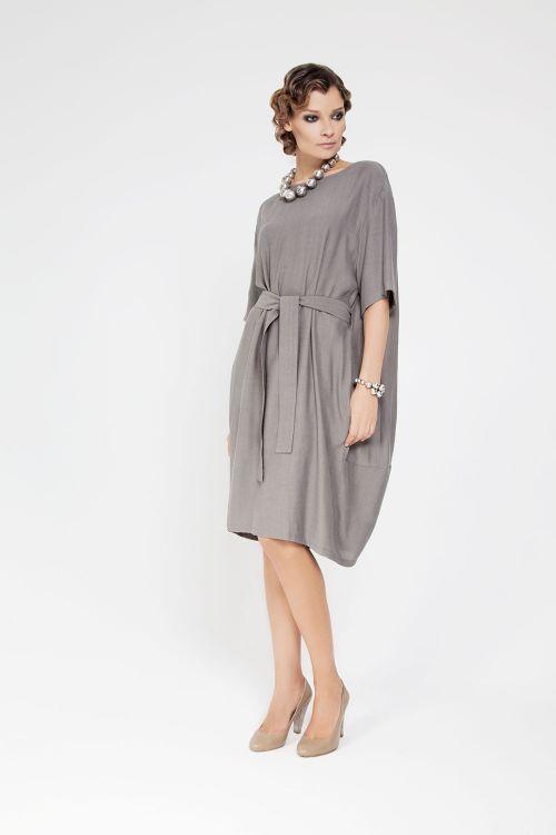 Платье О-силуэт с поясом
